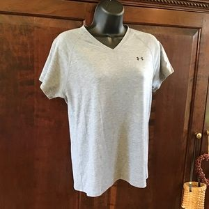 Under Armour v-neck grey T-shirt, EUC, Heat Gear